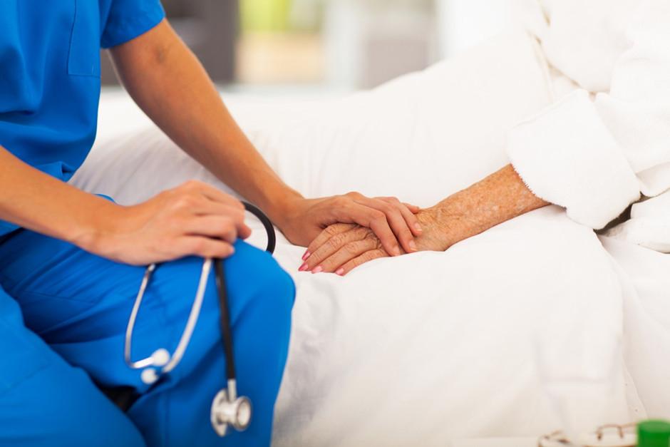 nurses meet emotional needs of patients